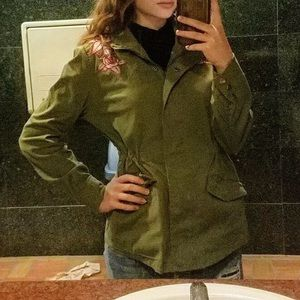 Size small stylish utility coat